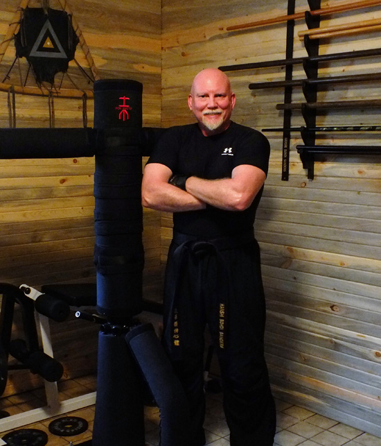 The Iron Master - Martial Arts Training Machine